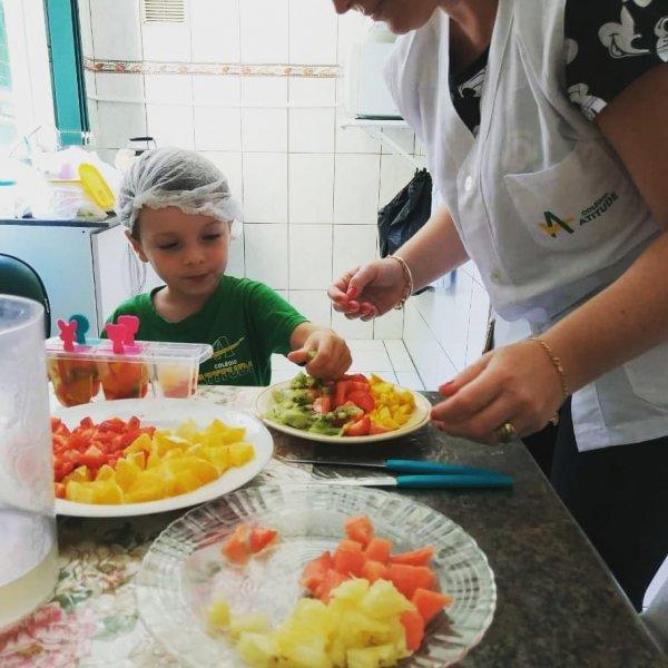 Aula de culinária do INFANTIL 3